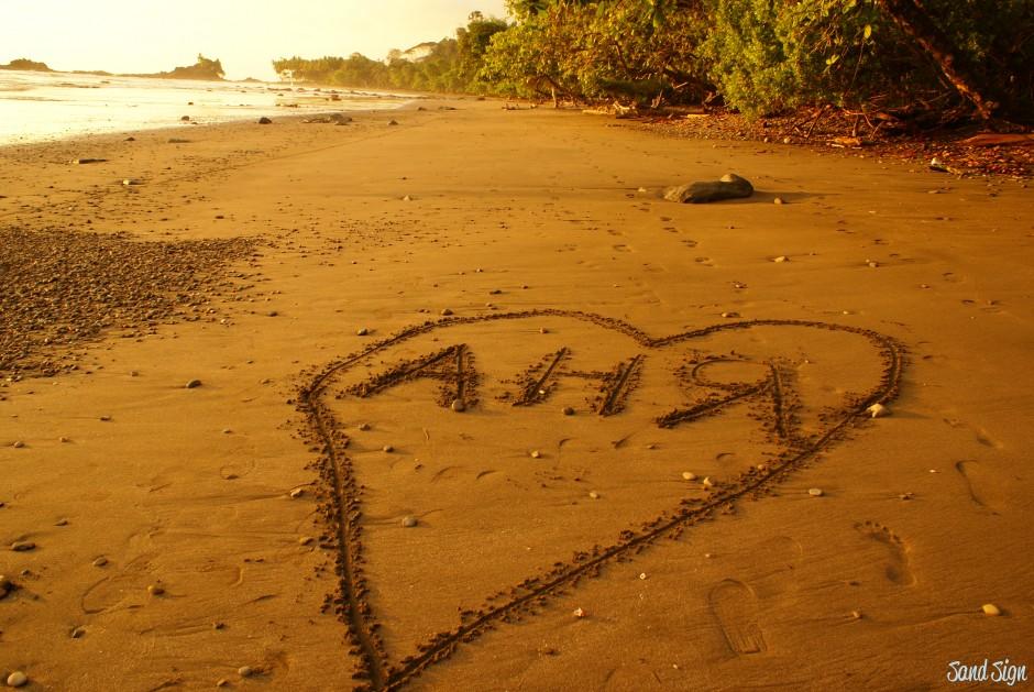 картинки на песке прости девушки красивые